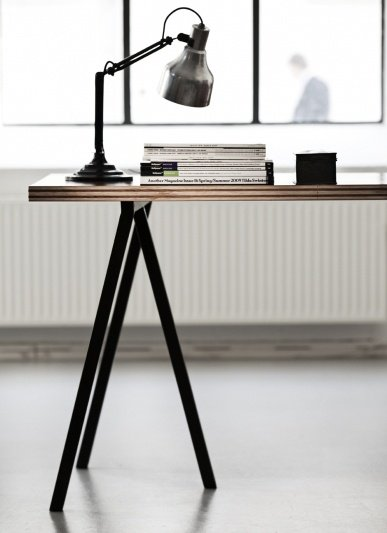 Hay loop stand tisch pure wood design for Tischbock design