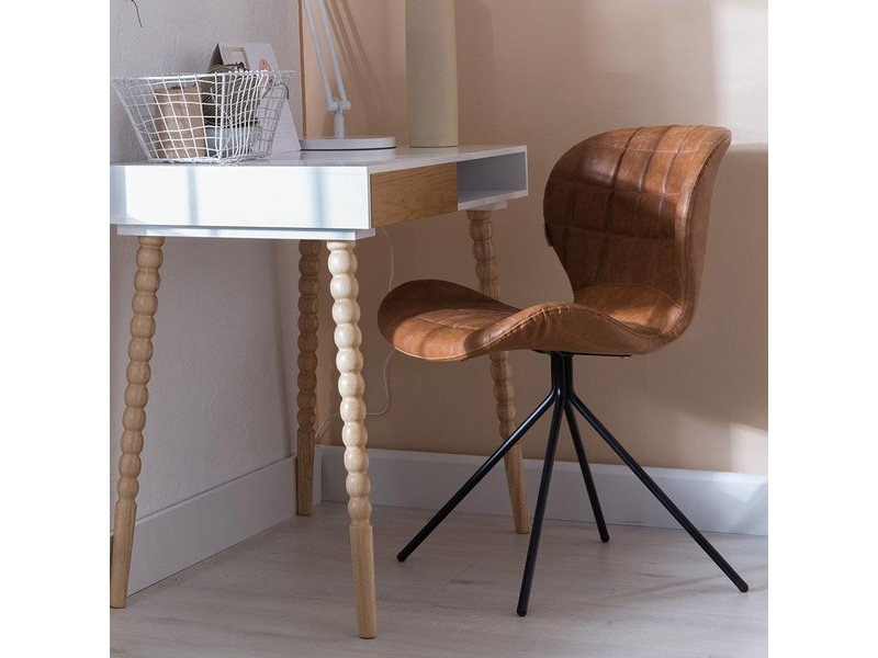 Zuiver Stoel Omg : Omg chair in vintage kunstleder pure wood design