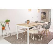 'Flora'  Tisch aus Bauholz mit Untergestell aus Stahl