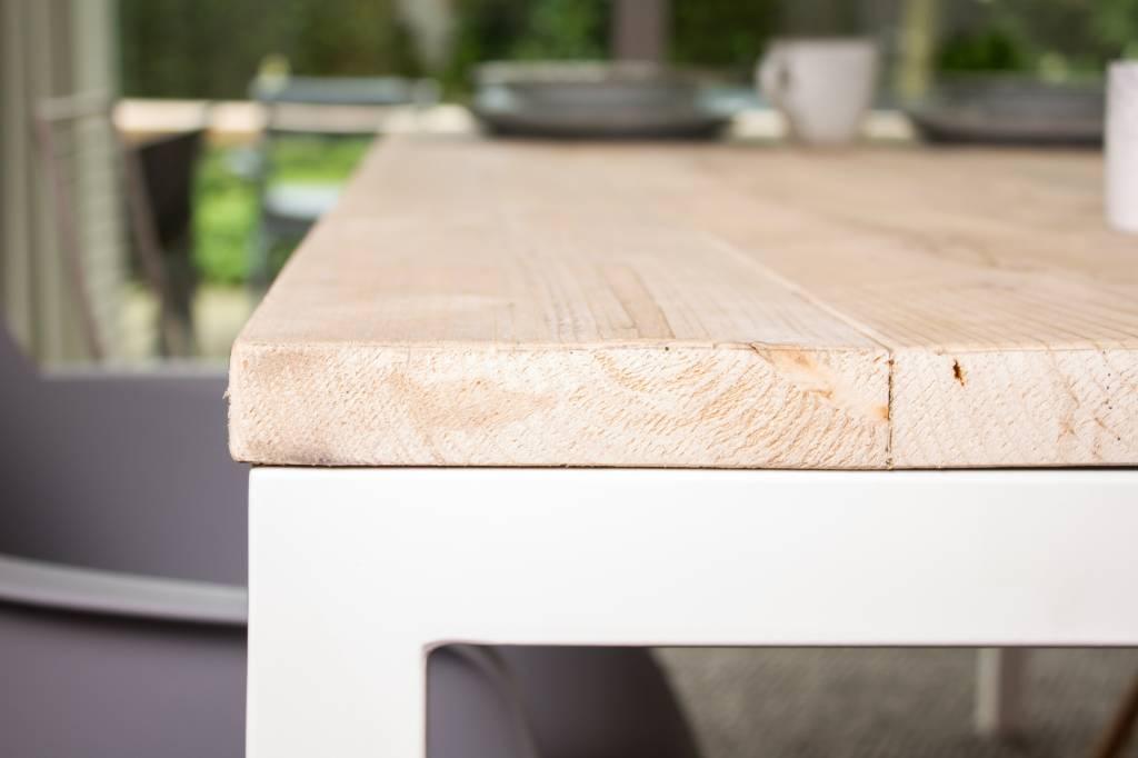 flora garten bauholz tisch untergestell aus stahl pure wood design. Black Bedroom Furniture Sets. Home Design Ideas