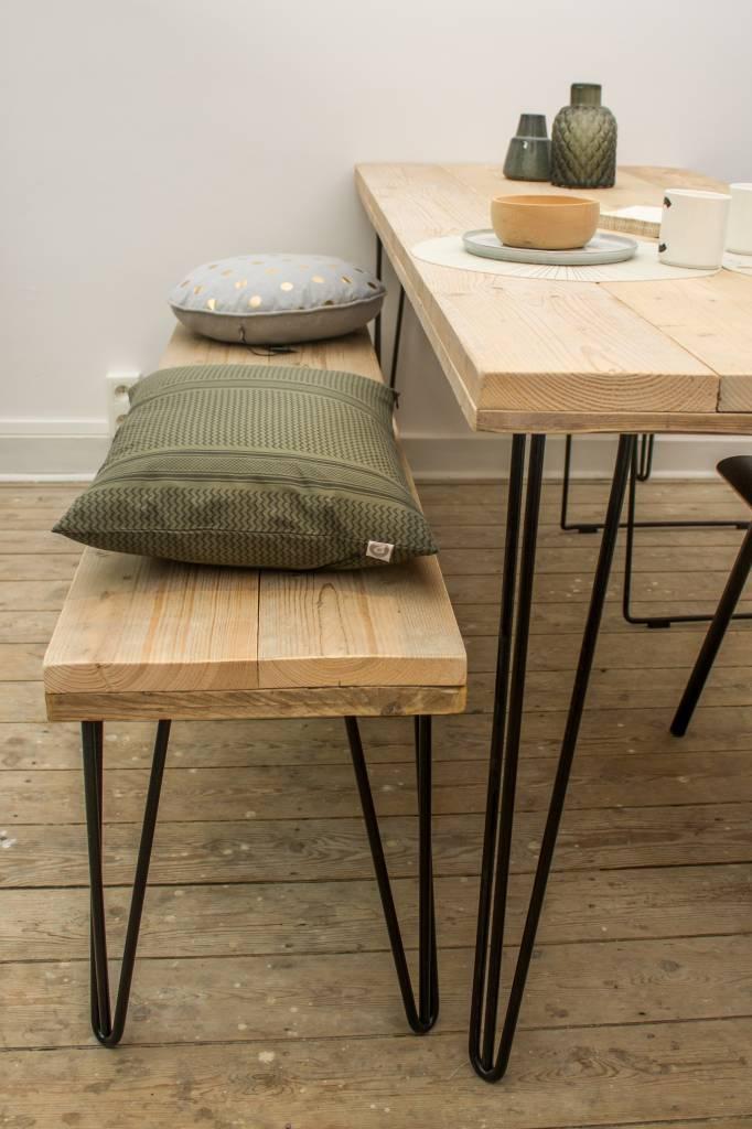har industrieller tisch aus bauholz haarnadel tischbeine pure wood design. Black Bedroom Furniture Sets. Home Design Ideas