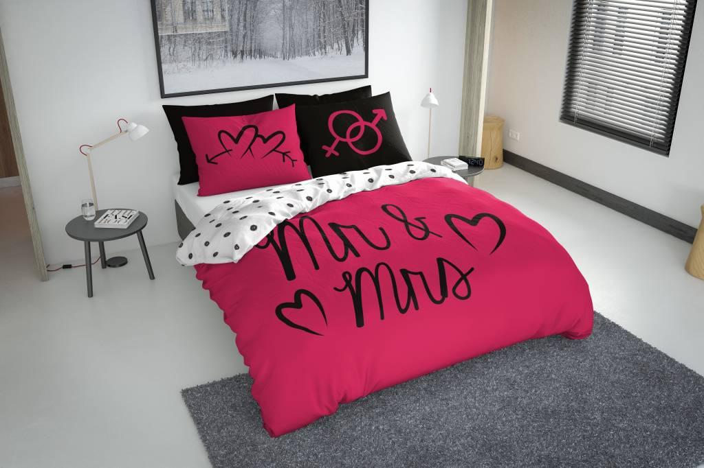 mr and mrs hell rosa nightlifeliving. Black Bedroom Furniture Sets. Home Design Ideas