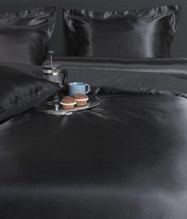 Nightlife Silk Satin Uni Schwarz 200x200 80x80 (2) mit Reissverschluss