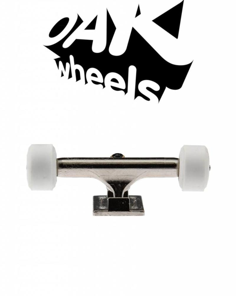 Oak Wheels RV2 White