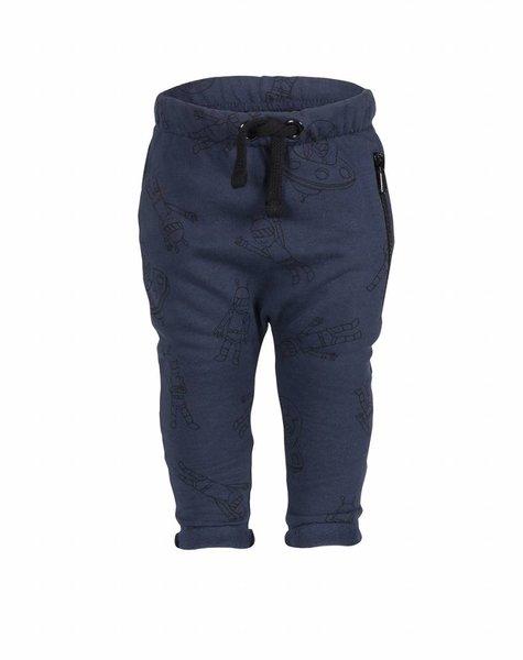 nOeser Pim pants alien