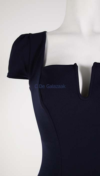 GLZK 2 Galajurk navy met kleine kapmouwtjes