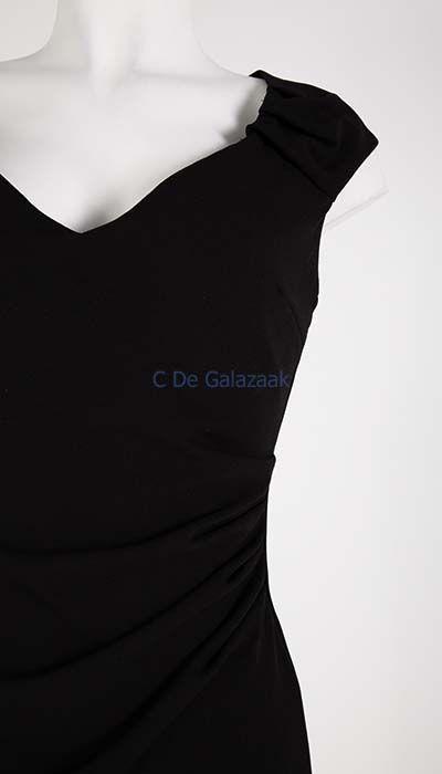 GLZK Galajurk zwart aangesloten