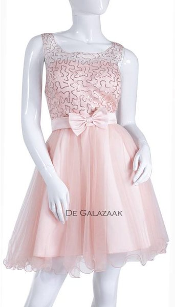 Roze cocktailjurkje