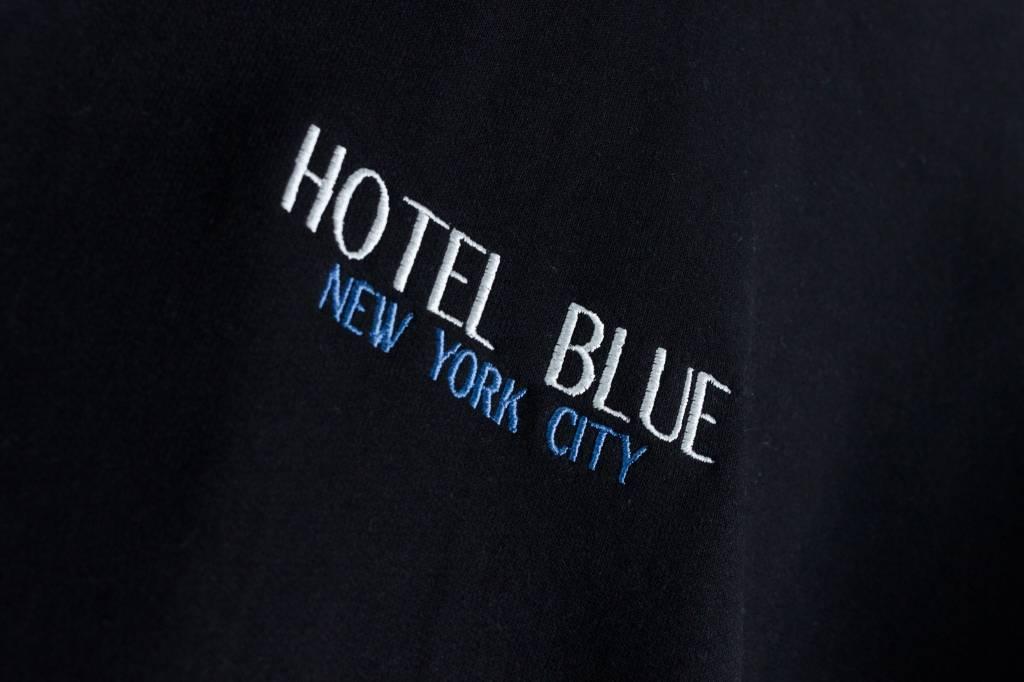 Hotel Blue NYC Hotel Blue NYC | Crewneck Black