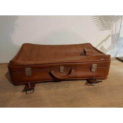Vintage koffer bruin ''No. 40''