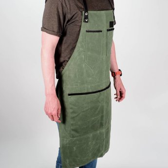 The Bastard BBQ Waxed Apron Army Groen