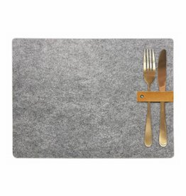 Puur Basic Home selection Placemat vilt met leren detail