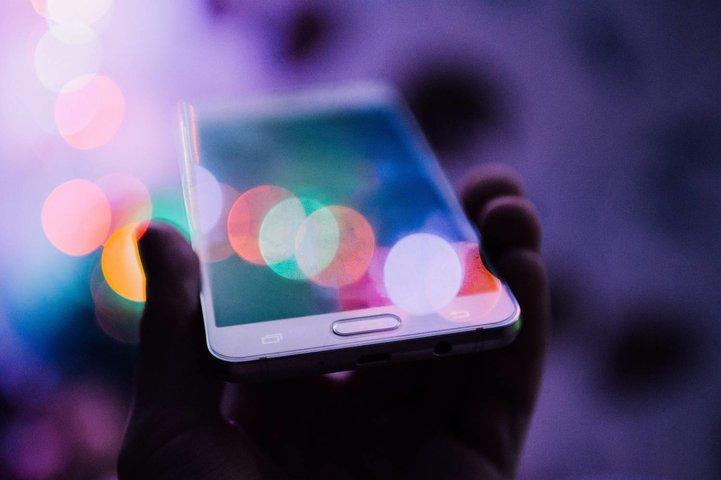 Waar moet ik op letten bij het kopen van een smartphone?