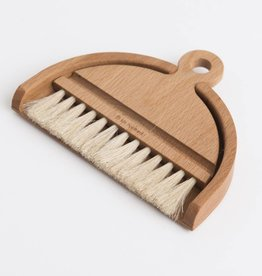 Iris Hantverk Beech table brush