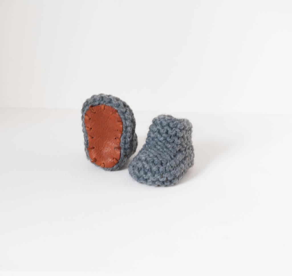 Pantoufle Handknit Dark Grey Woolen Baby House Shoes size 16-17