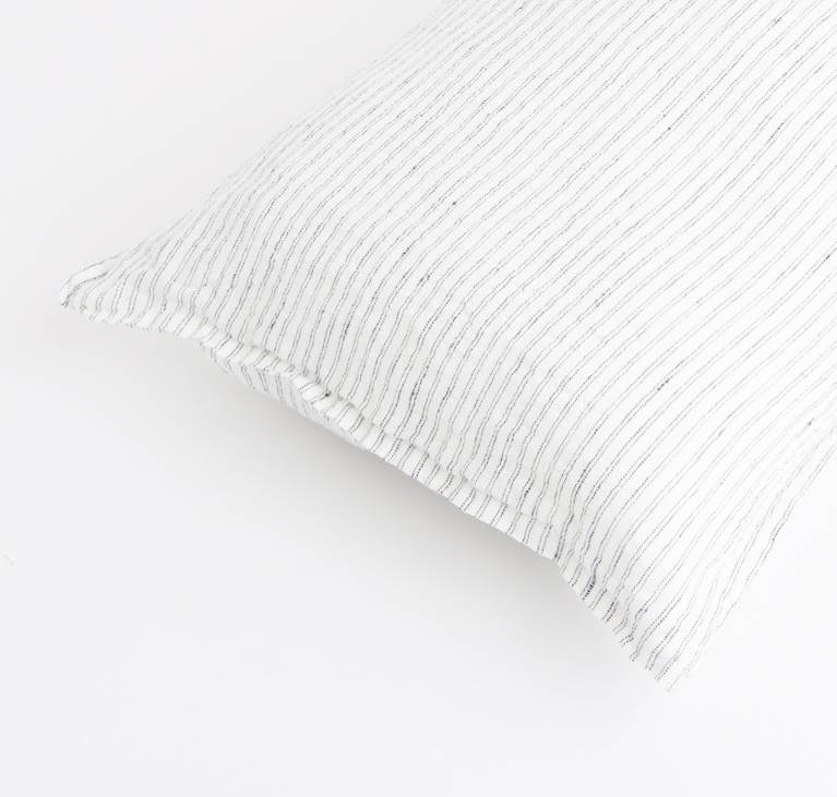 Linge Particulier  Linge Particulier Cushion Cover Black & White Pyama Stripe Washed Linen 40 x 60 cm