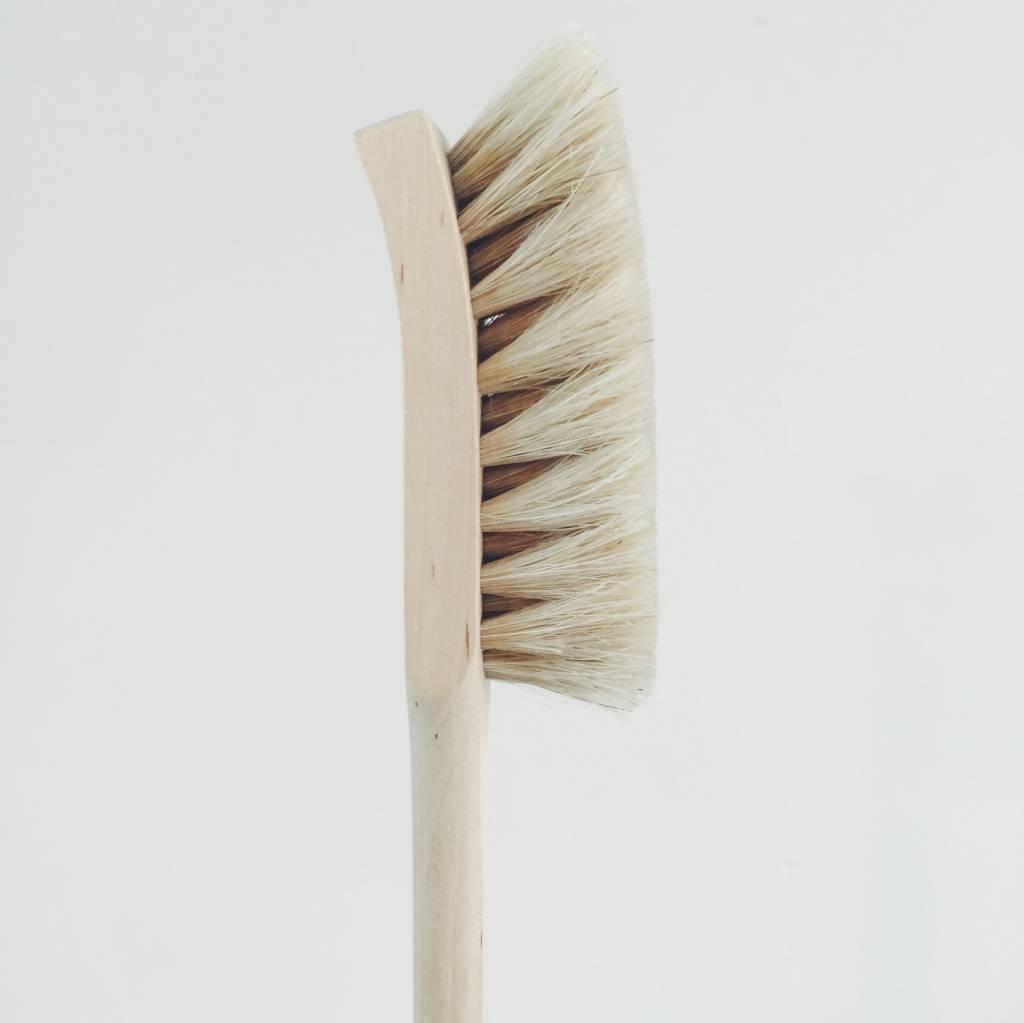Iris Hantverk Iris Hantverk Beech and Horsehair Dish Brush