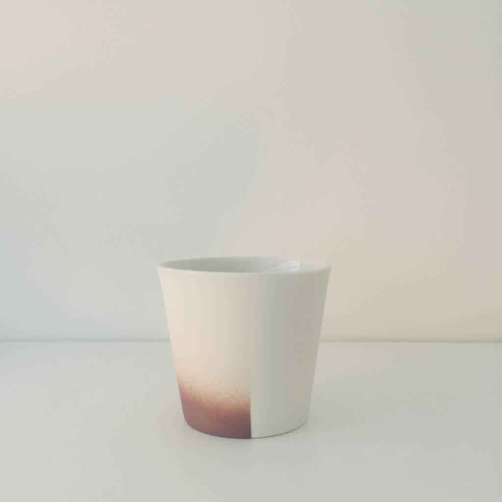 Kirstie van Noort Kirstie van Noort Half White & Burgundy Porcelain Coffee Cup