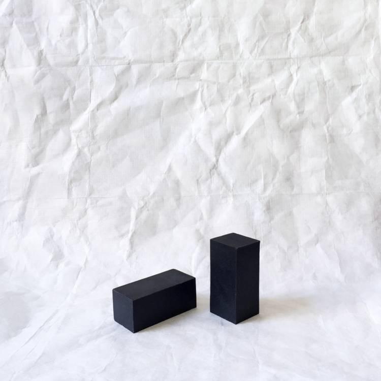 Binu Binu Shaman Black Charcoal