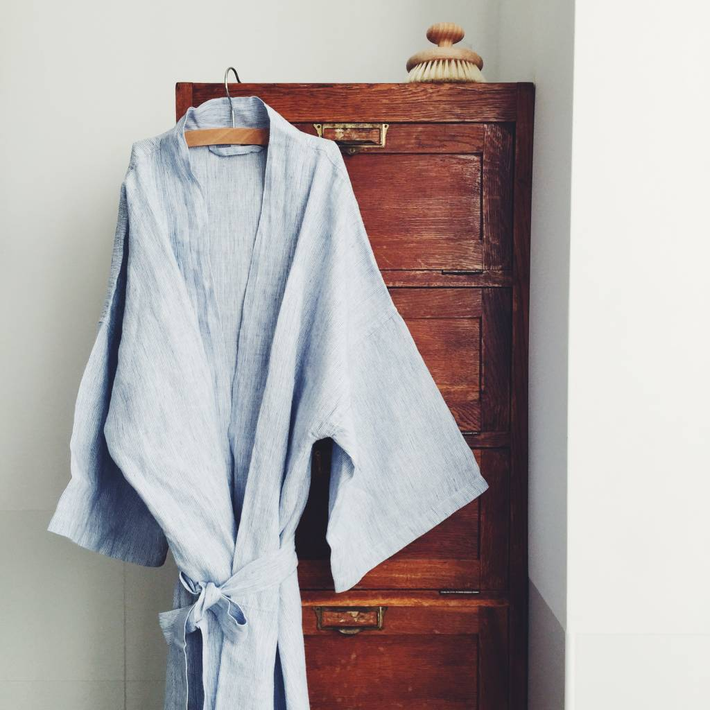 Linge Particulier  Linge Particulier Kimono Blue thin Stripe Washed Linen Medium