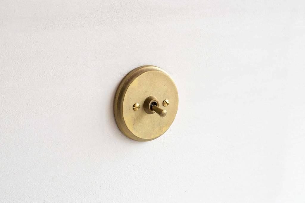 Futagami Futagami Matureware Brass Round Lightswitch