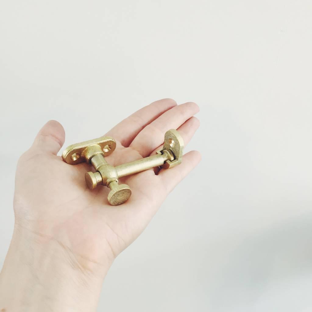 Futagami Futagami Matureware Brass Door Latch Corner