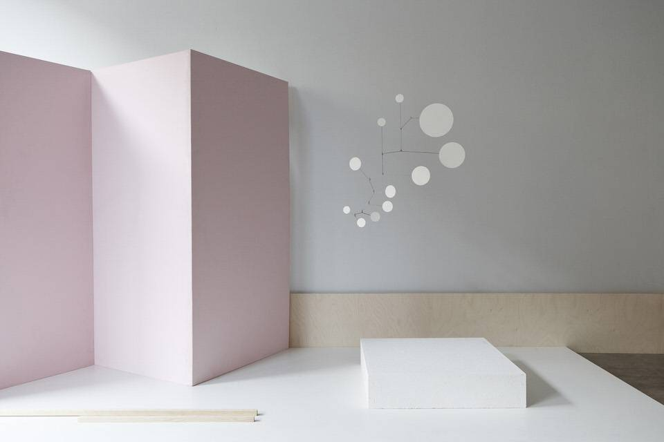 Lappalainen Brass Mobile Dots White