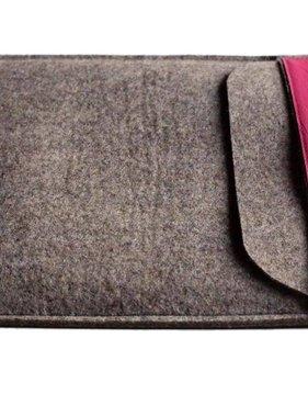 Notebookhülle grau mit pinkfarbener Lederlasche