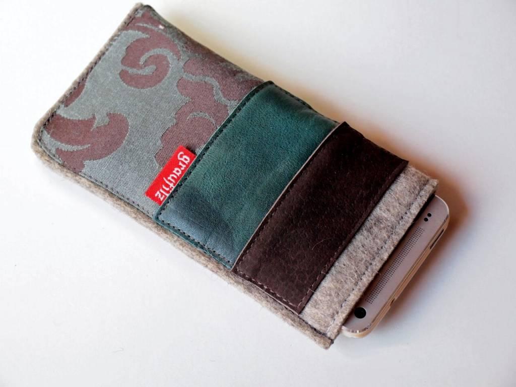 Smartphone Taschen im grünen Materialmix