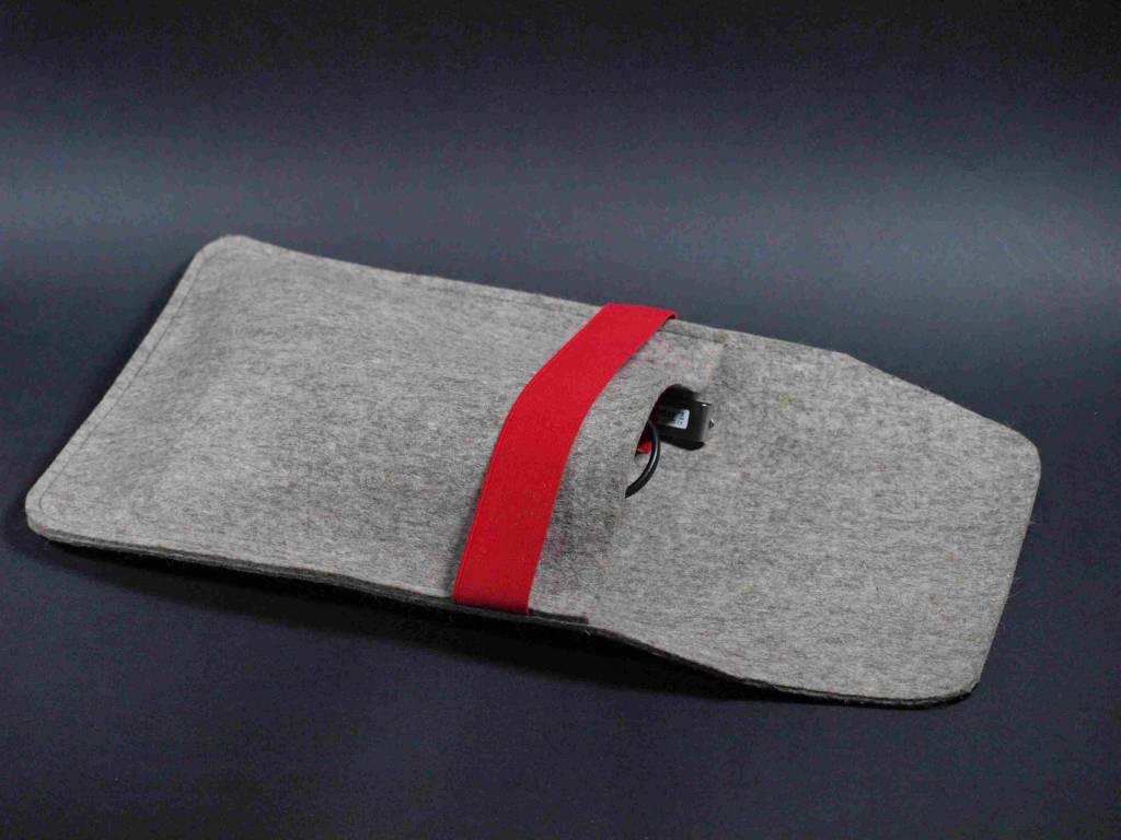 Techniktasche für Net - oder Notebooks - so ist ihr Zubehör aufgeräumt