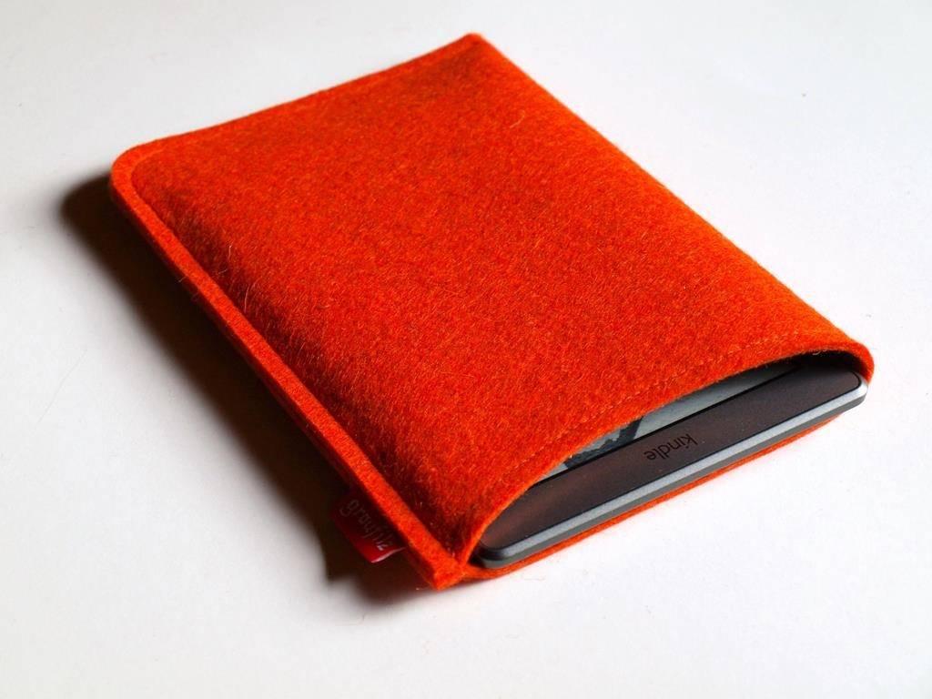 eBook Reader Tasche mangofarben aus Wollfilz