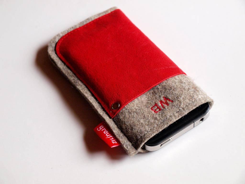 Handytasche - Leder und Filz - rot mit Initialen