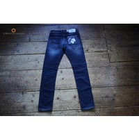 AM1703-140 Johan Straight Tapered Fit 574