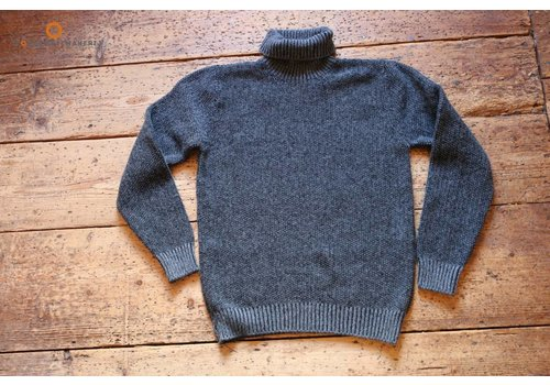 Fisherman out of Ireland Grey seed stitch polo neck sweater