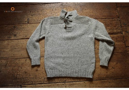 Fisherman out of Ireland New neutral toggle button collar sweat