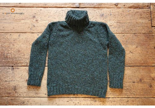 Fisherman out of Ireland Seaweed polo neck sweater