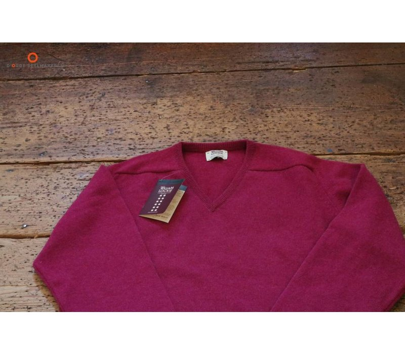 LEVEN 7092 Lambswool sweater VEE Neck Vegas