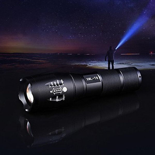 Professionele LED Zaklamp Ultra Bereik
