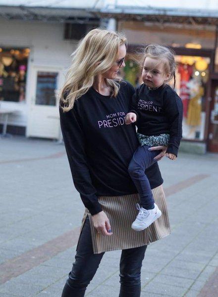 Sweater Mom For President - Black MOM
