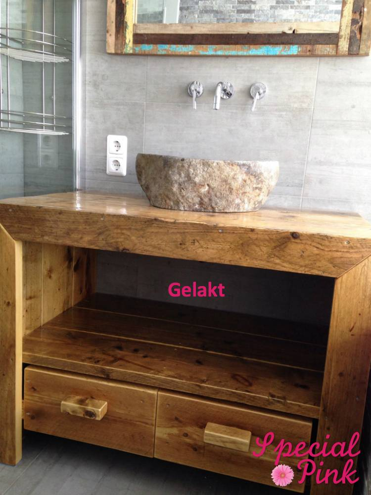 Wastafel Badkamer Stinkt ~ Badkamerkast van steigerhout goedkoop bij special pink