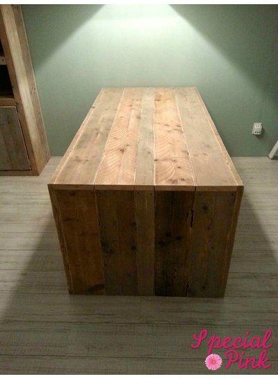 Eettafel Bauke van steigerhout