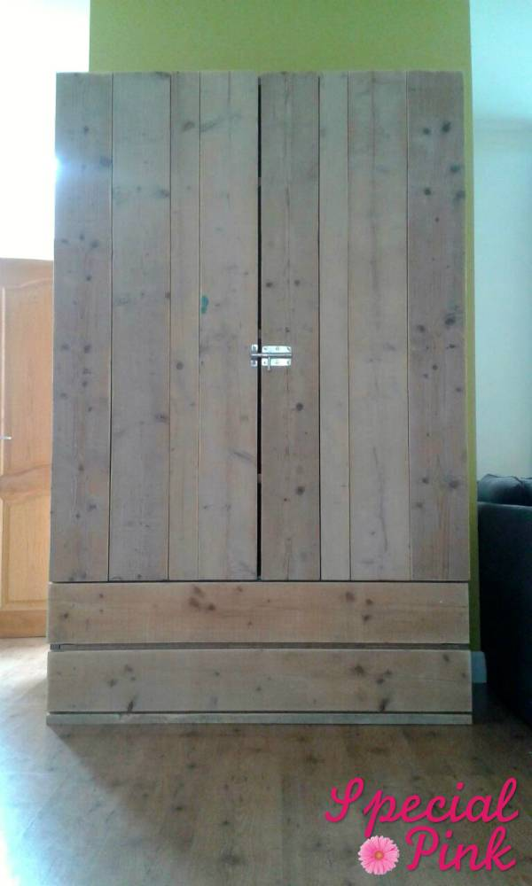 Slaapkamer Kast Steigerhout: Eigentijdse design meubelen ...