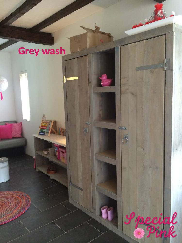 Babykamer Steigerhout Wit.Kledingkast Voor De Kinderkamer Latest Retro Jaren U Kast With