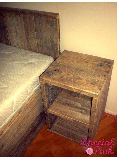 Nachtkastje Gaby van steigerhout