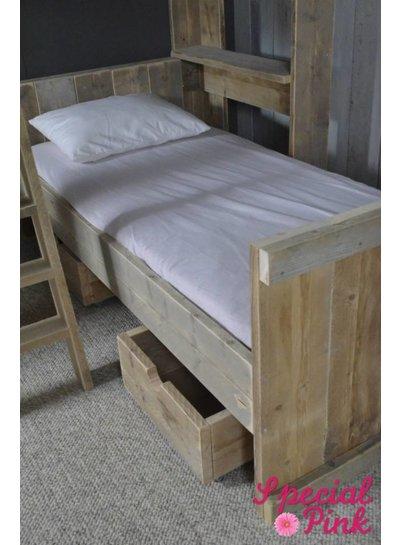 Stapelbed Senne van steigerhout
