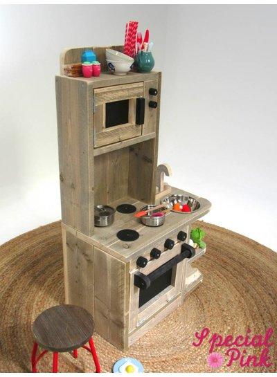 Kinderkeuken Nouri van steigerhout