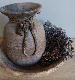 Oude Nepalese waterkruik