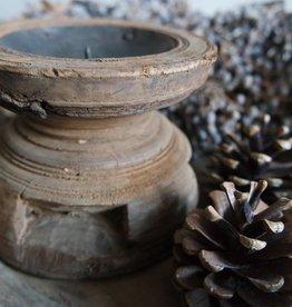 Oude graanverdeler kandelaar