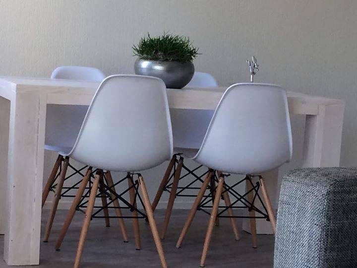 eetkamertafel 80 cm breed tot 300 cm lang rechte poten. Black Bedroom Furniture Sets. Home Design Ideas
