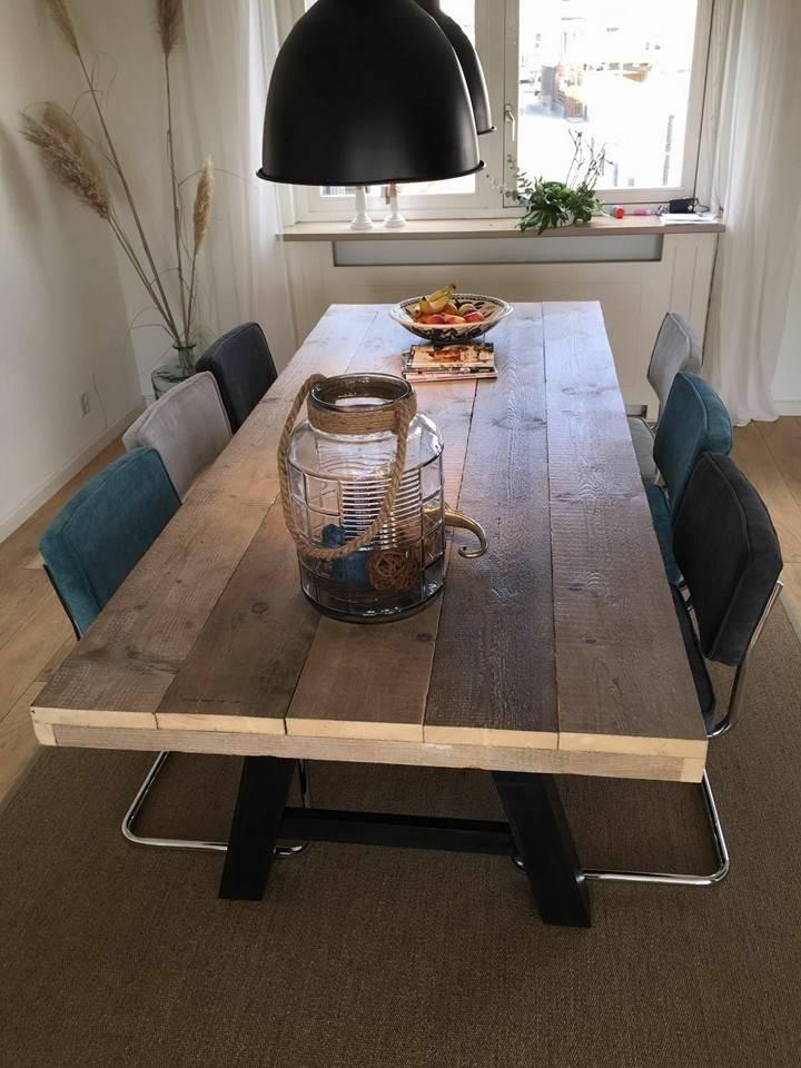 Eetkamertafel 80 cm breed tot 300 cm lang met houten A poten - R ...